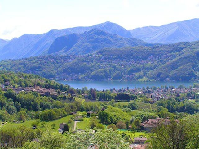 Pura Vacanza studio with wiew lake 8km from Lugano - Pura - Byt