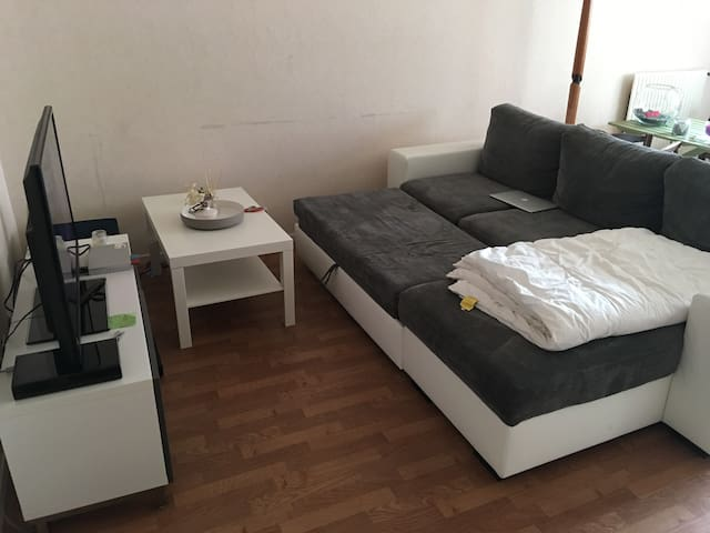 Chambre avec lit + sdb + toilettes + cuisine - Trappes