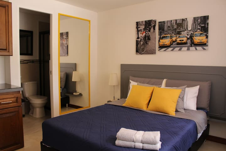 1 Hotel-like Room in San Antonio, Rionegro