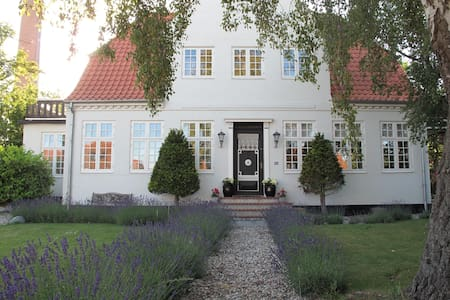 Beautiful house close to beach, marina,town,nature - Kerteminde