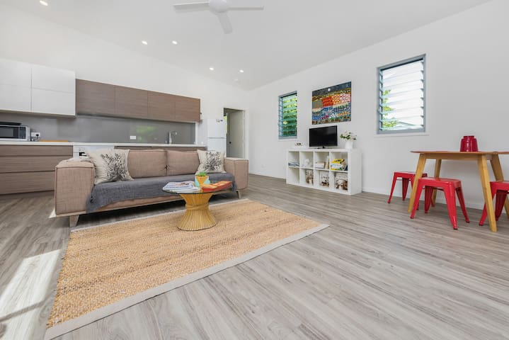 Noosa Beach Sanctuary Hideaway - Sunrise Beach - Apartment