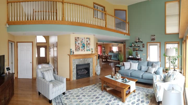 Sanctuary on Cayuga Entire House/Private Lakefront