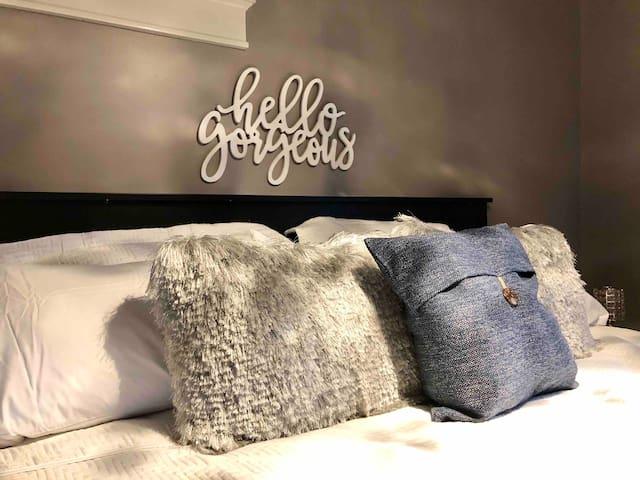 Luxurious 2 bed 1 bath | Family Fun Cozy Basement