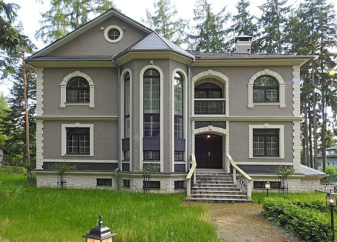 Palace Villa - Jevany - Huvila