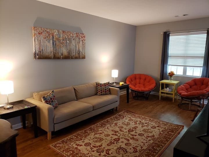 Beautiful 3 bdr apt with lots of space and class