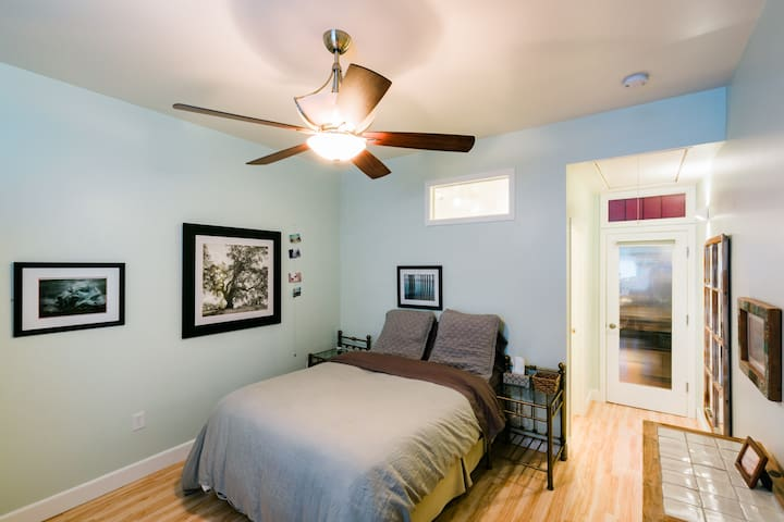 Bedroom ~ note: the host's office space is thru thru the glass door and may be in use during regular business hours.