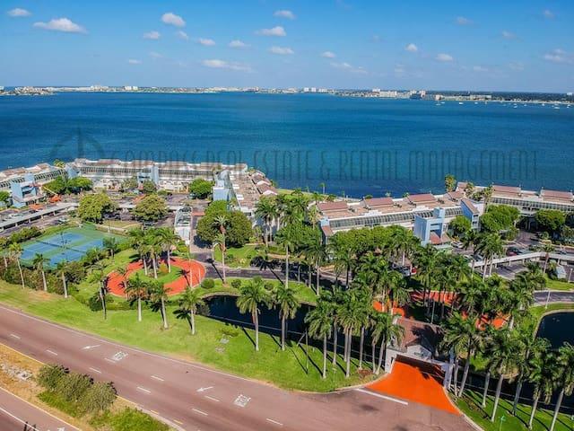 A Stunning Condo in Paradise! IK 4-406