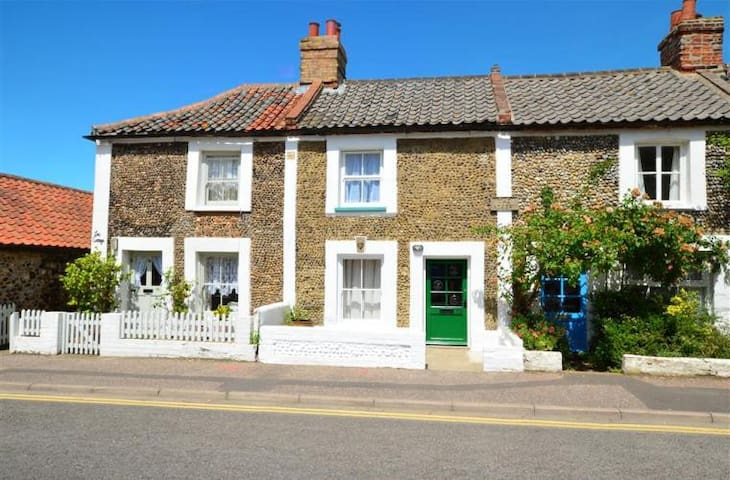 Greylag Cottage - a stone's throw from the Quay - Wells-next-the-Sea - Huis