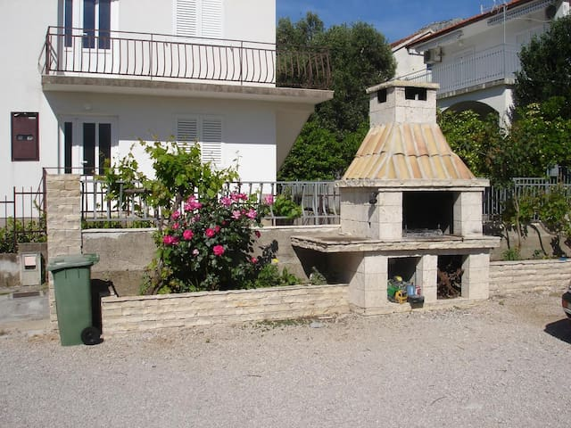 Studio flat with terrace Orebić, Pelješac (AS-12361-a)