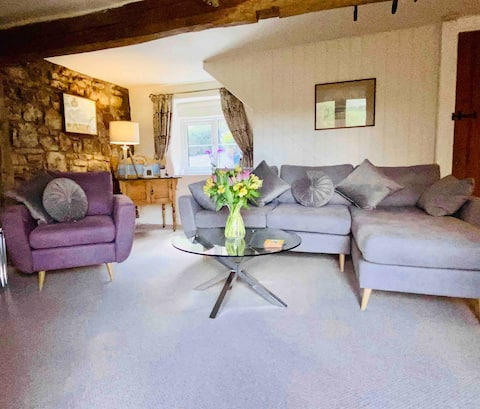 The Granary @ Green Farm  stylish relaxing cottage