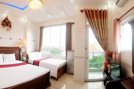private room with 2 beds close to the beach - 福美(Phước Mỹ)