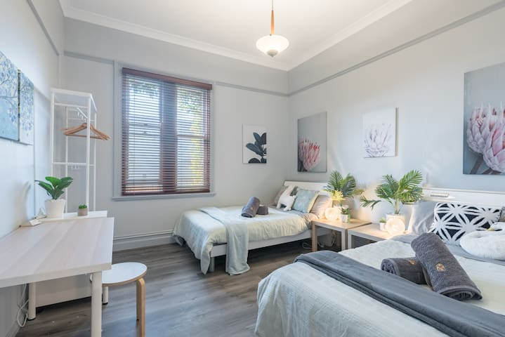 Boutique Private Rm situated in the heart of Burwood3