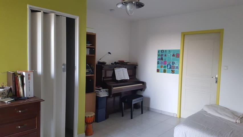 Studio meublé dans habitation