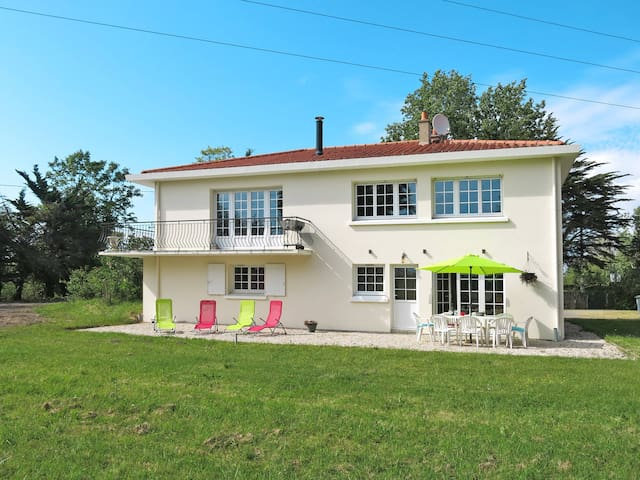 Holiday home in Saint Jean-de-Monts - Saint Jean-de-Monts - Huis