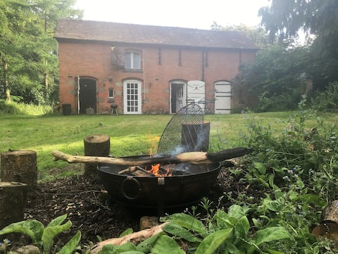 Engine House - Off Grid Living, Shropshire/Wales