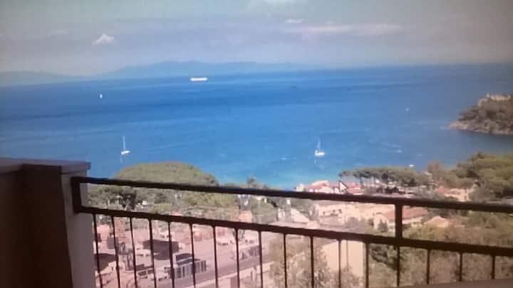 Vista sul Golfo Azzurro