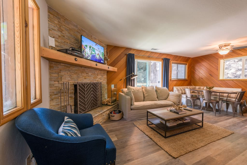 rainbow lake chat rooms Rainbow lake house by eye chalet 3 br, 2 ba, maximum occupancy: 6 rainbow lake, ny 12989 franklin county saranac lake chain region vacation rentals.