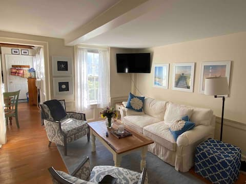 Great Condo In Town!
