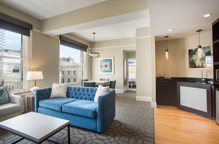 A Spacious Suite in the Heart of Downtown