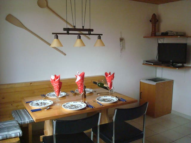 Arn's Ferienwohnung for 5 persons in Wangenried - Wangenried - Apartment