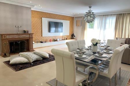 Appartement luxueux à ain diab