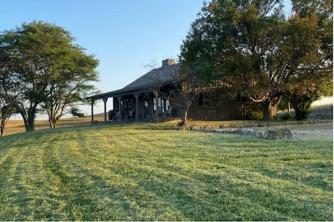 The Rock Creek Cabin