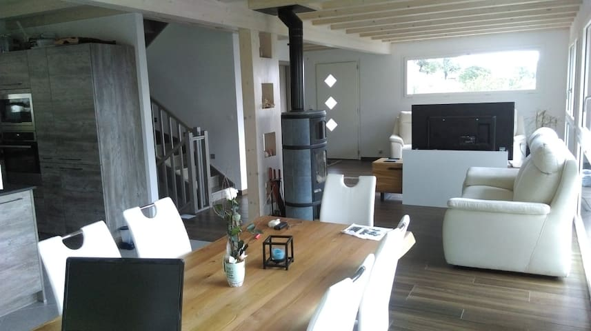 Grande chambre, SdB privée/sauna - Villa vue
