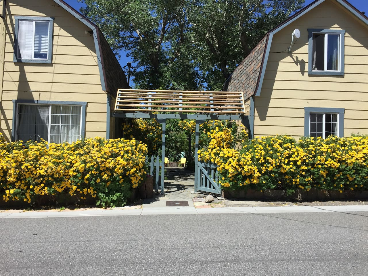 Welcome to The Haven in beautiful June Lake, CA! This is Cabin #4, a sweet studio with separate kitchen and bathroom located off the bedroom.  Step out onto the beautiful deck to enjoy the June Lake view.