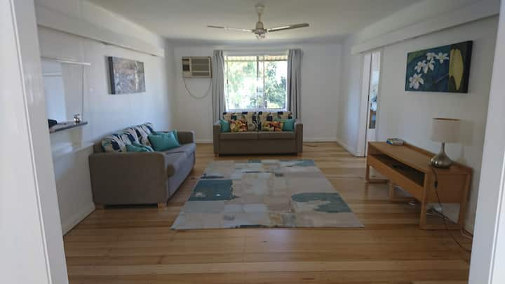 Breezy House in South Cairns
