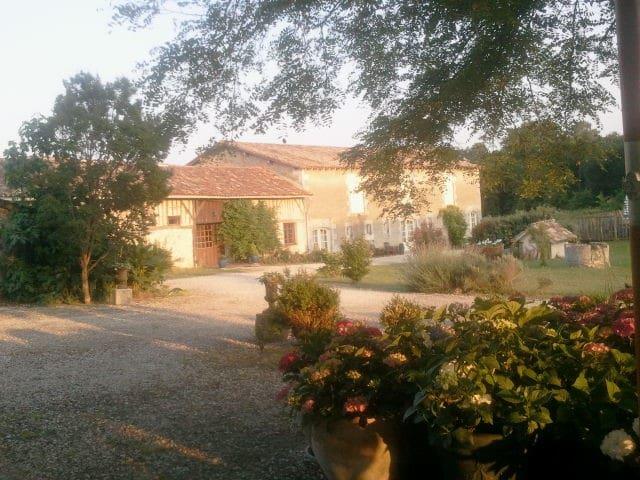 Gite Bordeaux - Servanches - Cabane