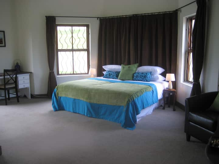 Amanzi room @ Epic Guest House in Cape Town
