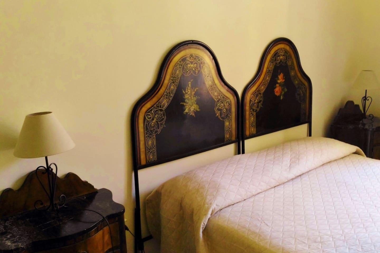 particolare del letto