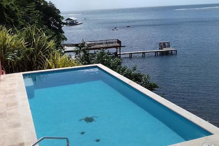 WATERFRONT - NEW POOL -KAYAK, SNORKEL, DIVE. - Jose Santos Guardiola - Haus