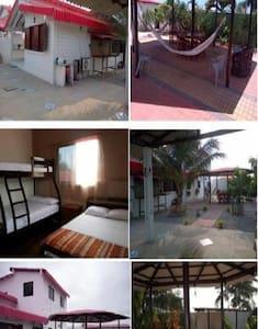 Comfortable 2-story Lofts at Playas Beach - General Villamil - Loft