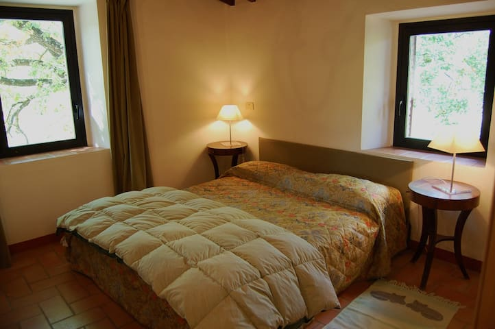 Ficonacce: una camera nel verde - Palazzone - House