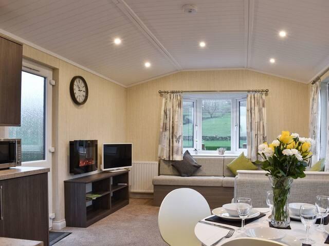 Richmond Lodge (UK10445)