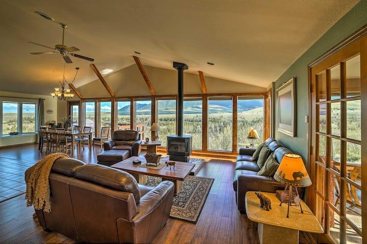 'Elk Mountain' Red Lodge Hillside Home w/ Hot Tub!