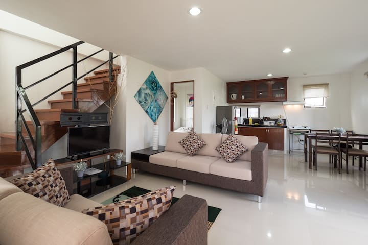 2-Storey Zen House w/Balcony & Parking - Cebu - Minglanilla - Дом