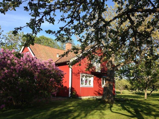 Hus på landet - Enköping N - Hus