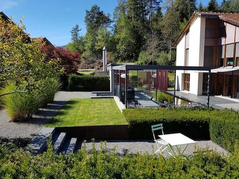 Holiday home with dream garden Valendas, Safiental
