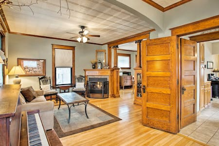 NEW! Cozy, Updated Home by Fountain Lake & Main St