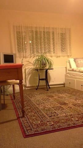 Room in SWEET HOME - Borehamwood - Maison