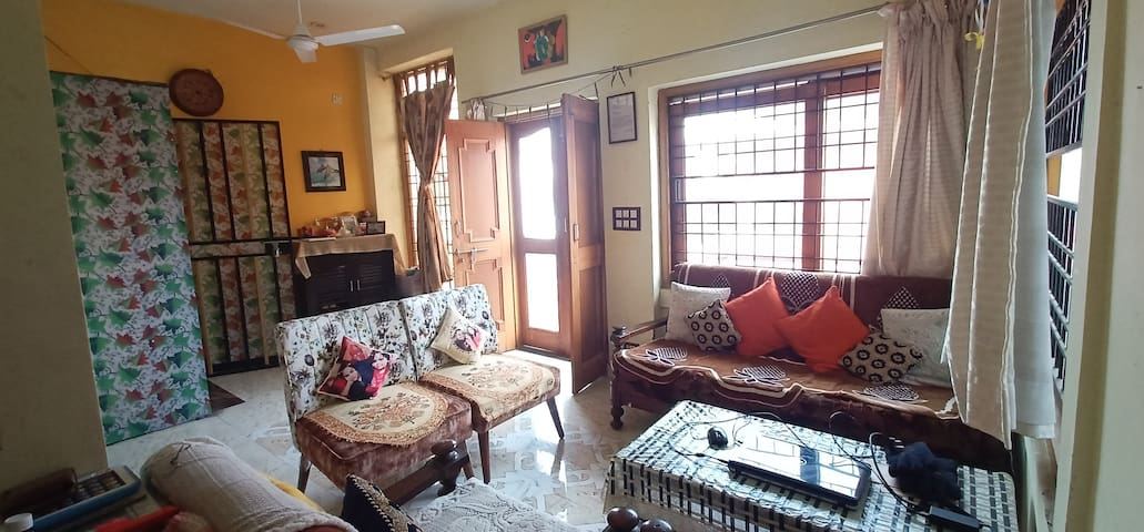 2BHK in heart of Town , Keshav Road Laxman Chowk