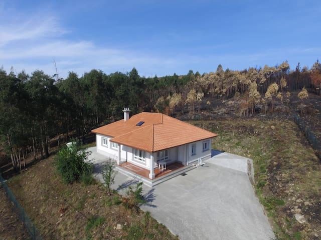 Chalet estupendo en Costa da Morte - A Coruña - Huis