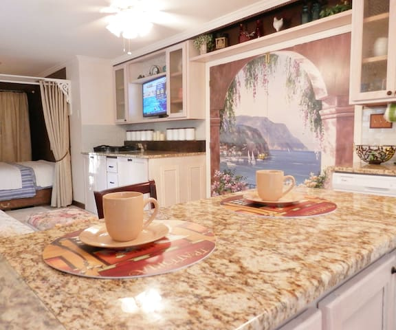 Luxurious, private, super clean, Fay.  Fort Bragg - Fayetteville - Appartement