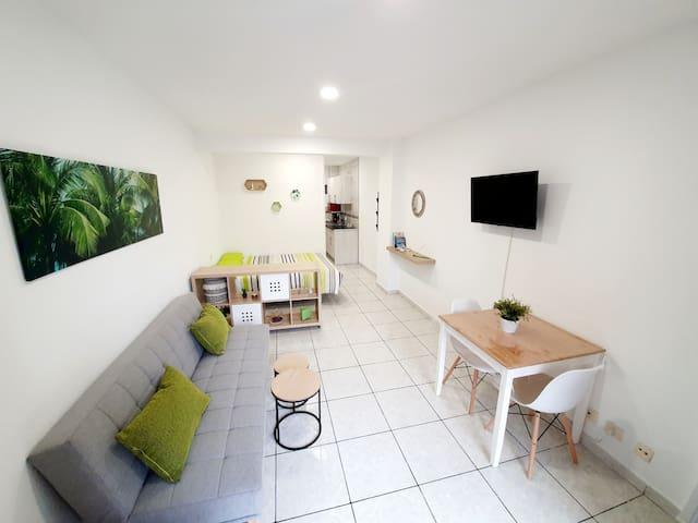 Apartamento con piscina en Playa Jardín