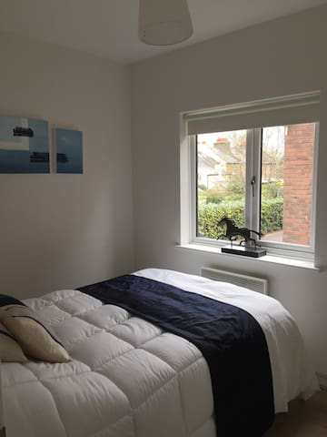 riverside location in Eton close to all amenities - Eton - Lägenhet