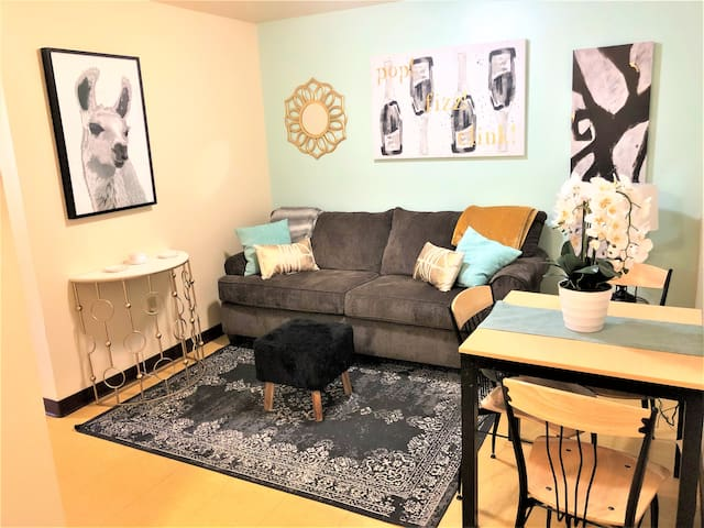 Sunny + Spacious | Downtown Apt | Walk Everywhere