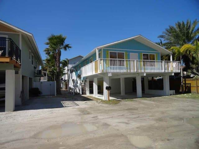 Anna Maria Island Beachside Palms#3
