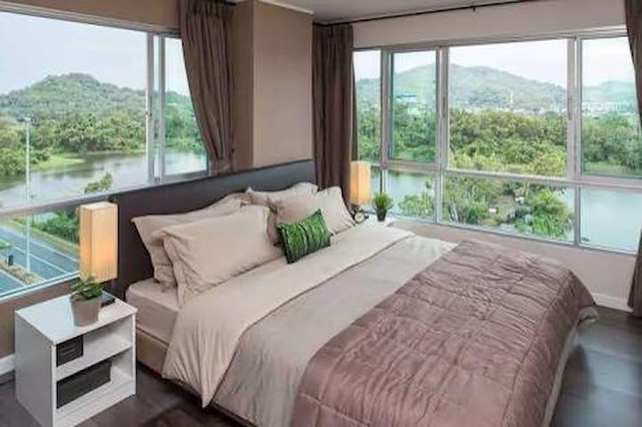 2 bedroom Industrial TinMine Design - Kathu - Huoneisto